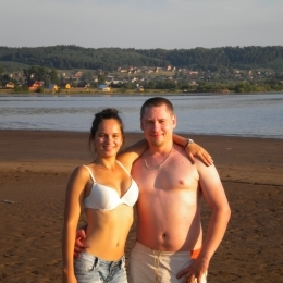 Пара МЖ ищет послушную нижнюю девушку в Нижнем Тагиле